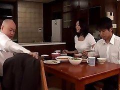 در کنار مادر ... شوهر ببخش بدن به دختر ... Fujie Yoshie دیجیتال موزاییک Takumi