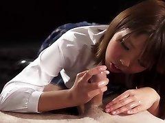 Handjob Japāna: Rion Karina