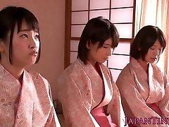 Spanked japāņu pusaudži karaliene dude, bet wanking viņam off
