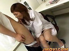 Āzijas māsa sucks pie pacienta spermas sampl