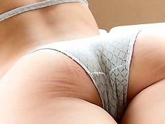 pornogrāfija āzijas peldkostīmu un bikini