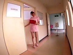 Momoka Nishina v Můj Mazlíček Je zdravotní Sestra, část 2.2