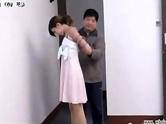 Japanese dame in bondage