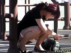 Chinese teen slut urinating