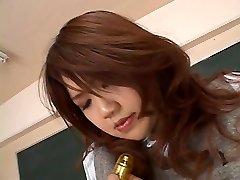 SCHOOLTEACHER PLAYS WITH STUDENT -- mdm