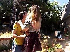 Chinese Babe Underwater Sex and Spray