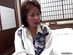 Asian mom gets drilled