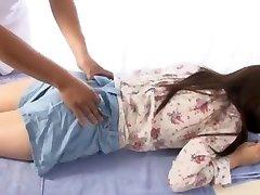 blázon japonská dievča yuina kojima v najhorúcejšie prsteň, masáž java-scény