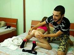 18 year old girl gets her cooch eaten by her boyfriend