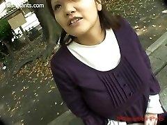 Japonês Esposa Grávida com Peitos Enormes