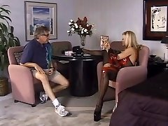 Dominant ash-blonde wants to be pleased