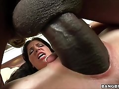 Rebeca Linares shrieks on Monster Cock