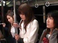 Schoolgirls Swooped Milf In Bus