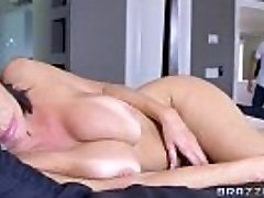 Brazzers - Veronica Avluv - Mommy Got Breasts