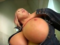 Hot Big-Boobed Mature Plus-size Works It Solo