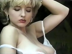 Mature exhibe Natural Assets in the Park