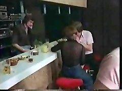 CC - Swingers Pub