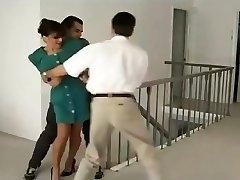سابرینا حمله در خانه