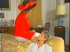 Retro Mature French Mom luvs fisting