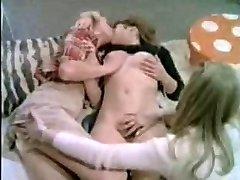 teenage lesbians
