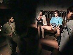Maria trvá tuku penis v jej zadok
