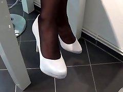 Nylon Footplay S Bílým highheels