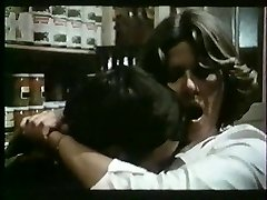 French mature loves slapping and fucking - vintage