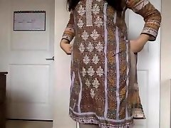 desi woman Stripping her Salwar Kameez to Nude and Teasing us