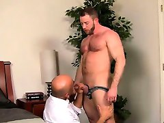 Gay XXX After a day at the office, Brian is need of some dad