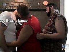 Lance Bearington, Ourson Swells and Johnny Bear