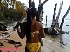 HD Ameteur Tiny Thai Teen Heather Deep day at the beach gives gargle Throatpie Drink