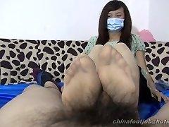 chinese double feet wank