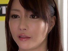 Ludi japanski model Котоне Куроки u nevjerojatno Velike sise, Rimming film jau