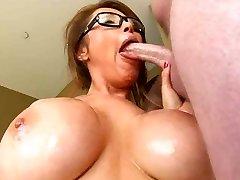 סקסית המזכירה