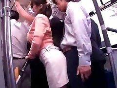 Junge Mutter Reluctant öffentlichen Bus Orgasmus