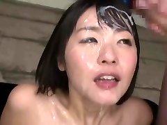 japanische bukkake-queen