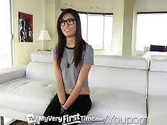 MyVeryFirstTime - Angst und Freude für Kimberly Costa first anal