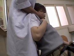 Άτακτος Ιαπωνική γιατρός του έδωσε ένα creampie του ασθενή
