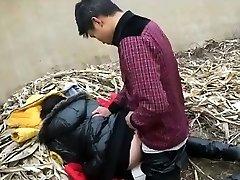 Chinese Creampie Auf Einer Müllkippe