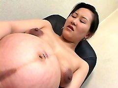אסיה preggo 01