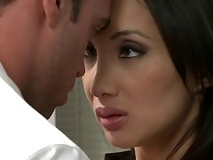 Oriental sweetheart receives pummeled in the office