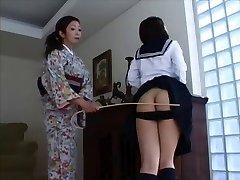 Japanse Spanking 4