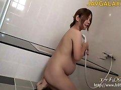 Seksīga Grūtniece Japāņu MILF - 1. Daļa