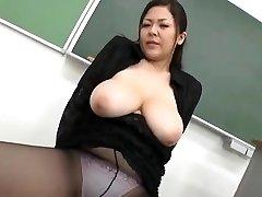 Yuki Sakurai - Sexy Japāņu Skolotājs