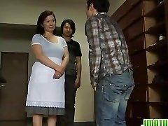 Mature Chizuru Knows How To Satiate Cocks