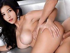 性感的韩国偶像苏克里斯塔尔允儿