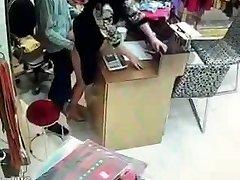 Kinesiske eieren har sex under tjenesten timer