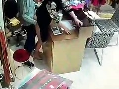 Chinese possessor have bang-out during service hours