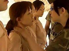 Asiatiske Lesbiske Kyssing Varmt !!