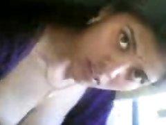 szép indiai lány meztelen